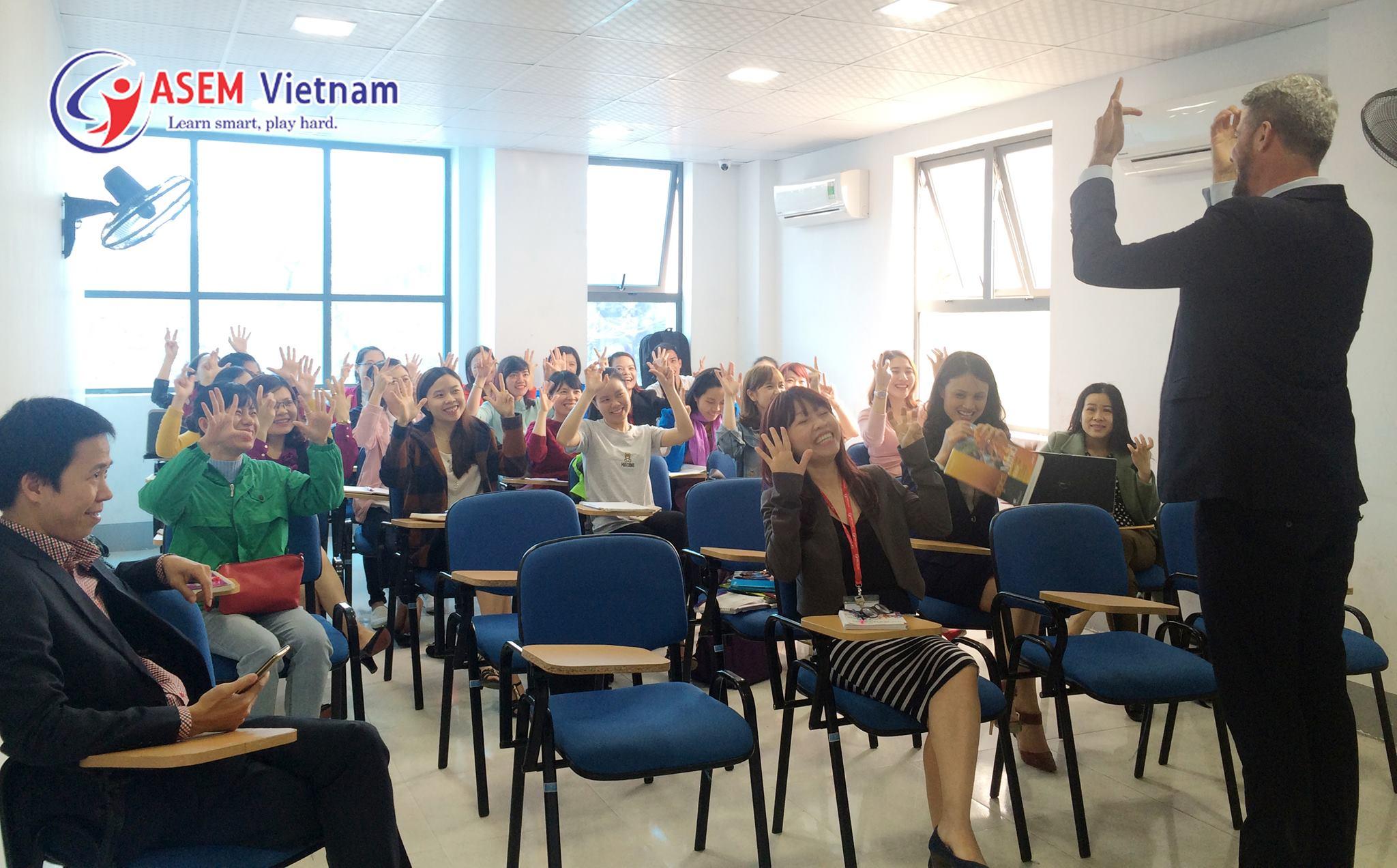 Đào tạo giáo viên ASEM Vietnam - Tháng 4
